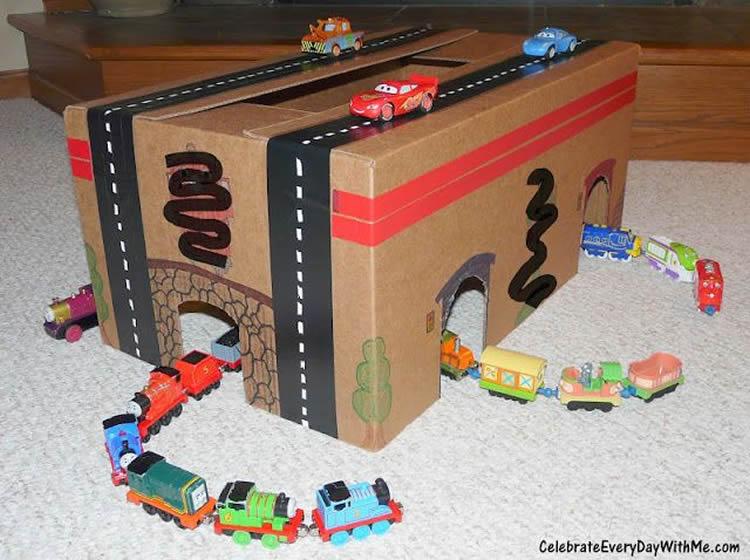 totnens-manualitats-caixa-cartro-zona-joc15
