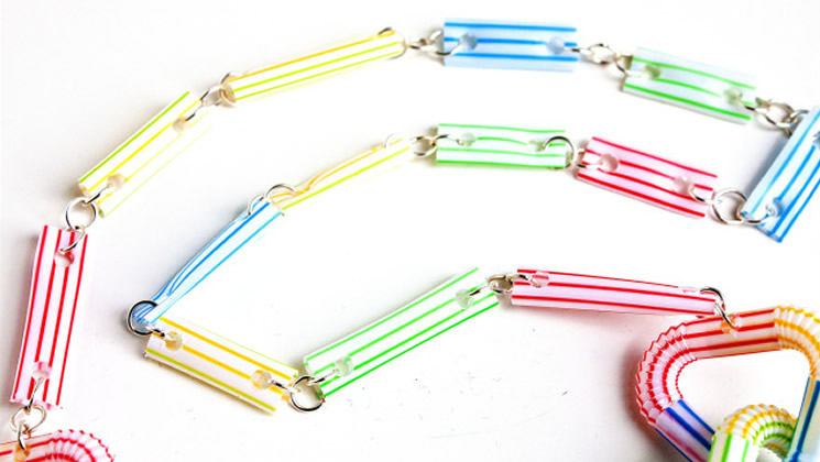 totnens-manualitats-canyes-colors13