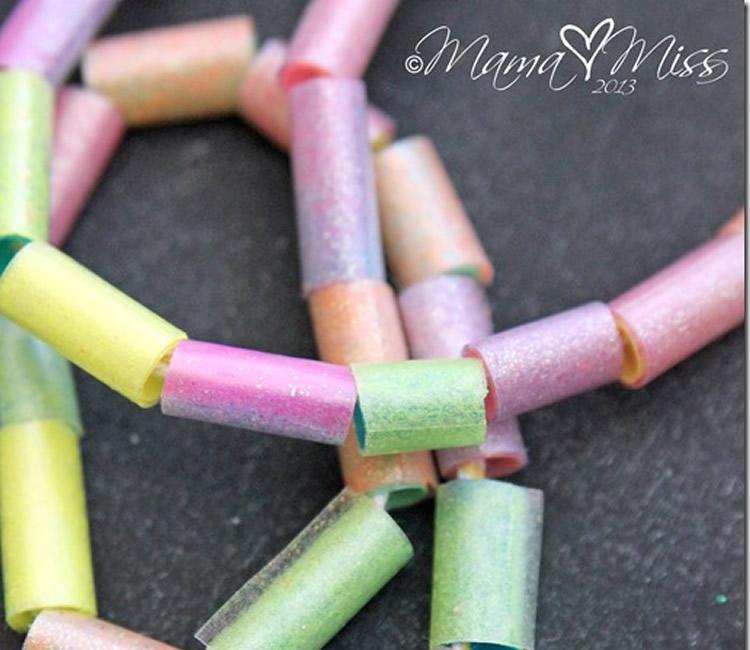 totnens-manualitats-canyes-colors9