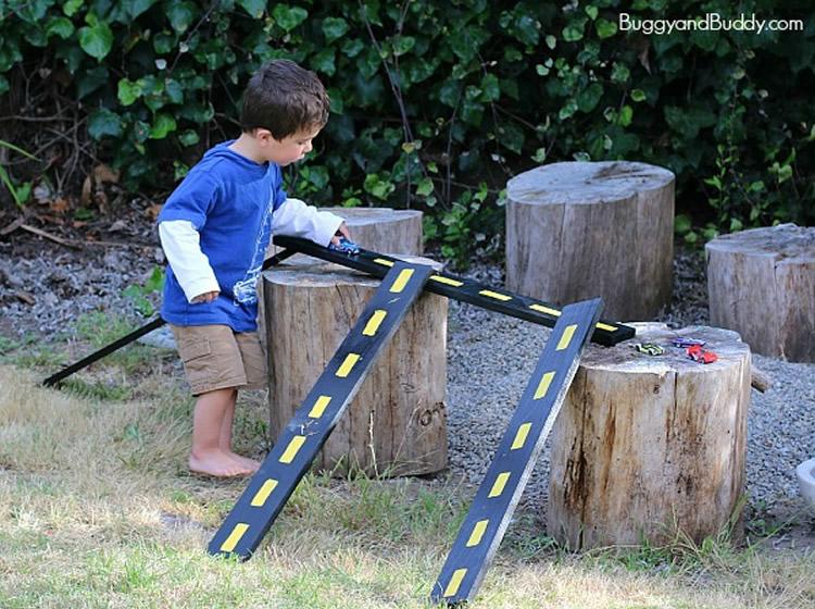 totnens-circuit-cotxes-salva-obstacles3