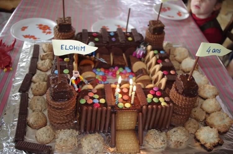 totnens-festes-infantils-pastis-castell6