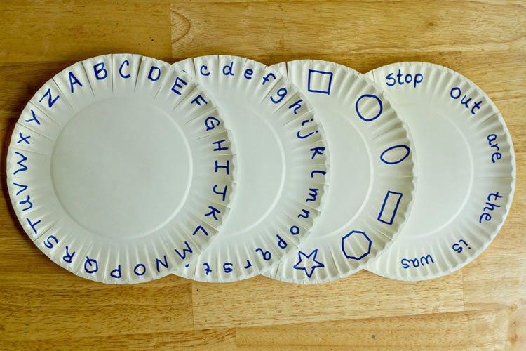 totnens-aprenem-fet-amb-plats-plastic1