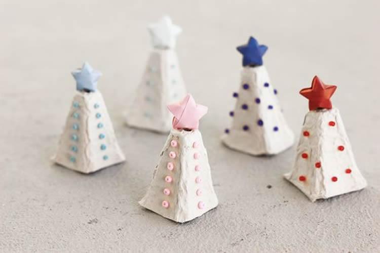 petits arbres de nadal decoratius oueres