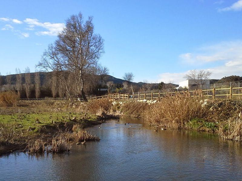 La font trobada de l'Anoia des del Parc Fluvial
