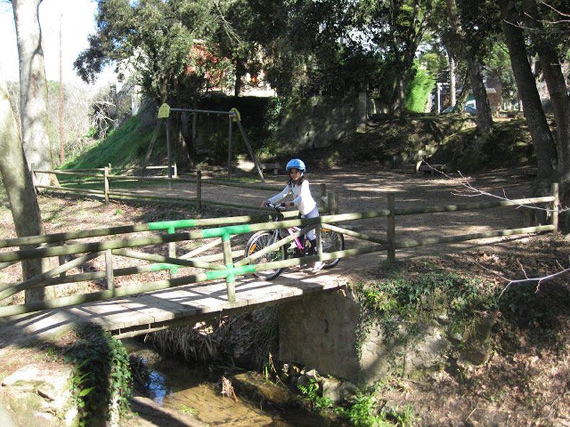 Sortida en bicicleta amb nens fins la Font Picant