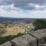 Excursió amb nens al Solsonès: pujada a Castellvell
