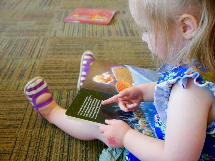 Com podem motivar als nens perquè llegeixin?