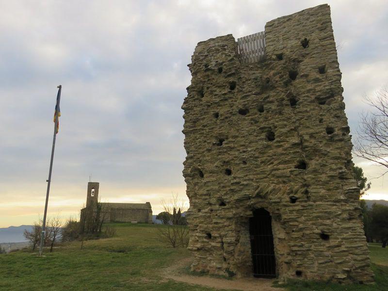 El Castell de Tona i l'església de Sant Andreu