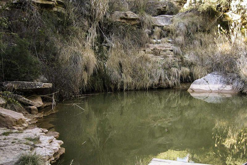 Riera de Bellver, entre tolls i salts d'aigua