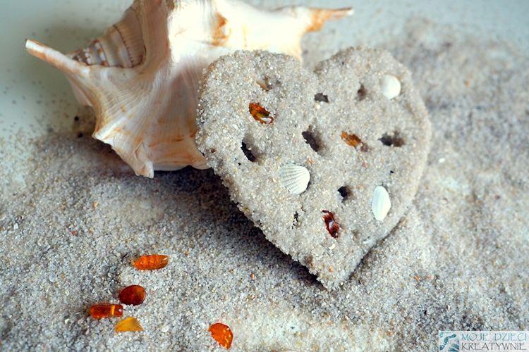 Com fer peces decoratives amb pasta de sorra de platja
