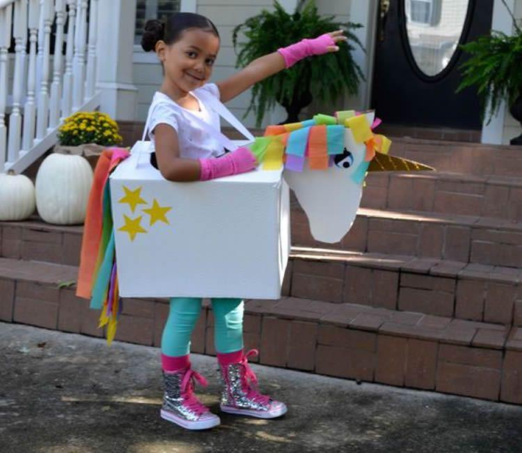 Disfresses per Carnaval de cartró fetes a casa