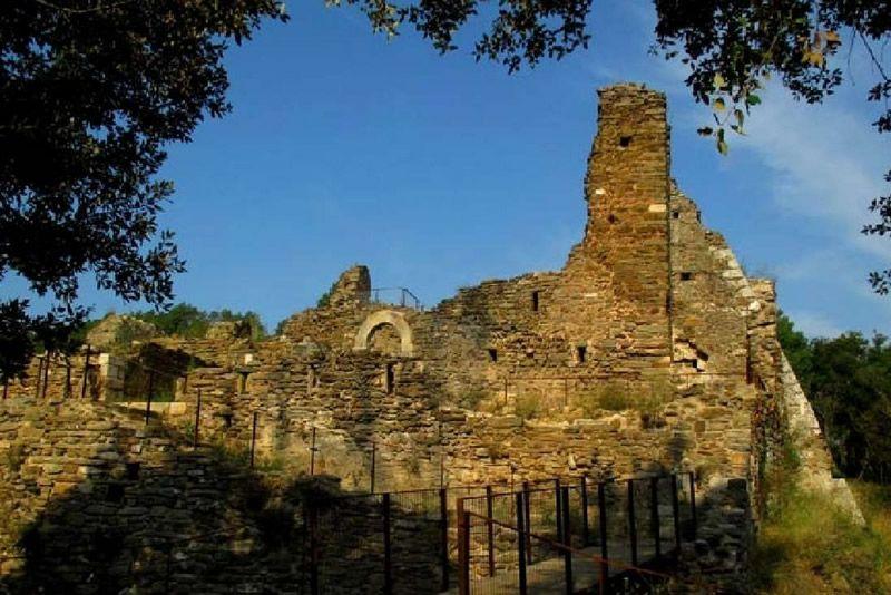 Ruta al Castell de Palagret i la font de l'Alau