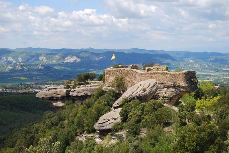 Castell d'en Boix a Taradell i les cuines d'en Rocaguinarda