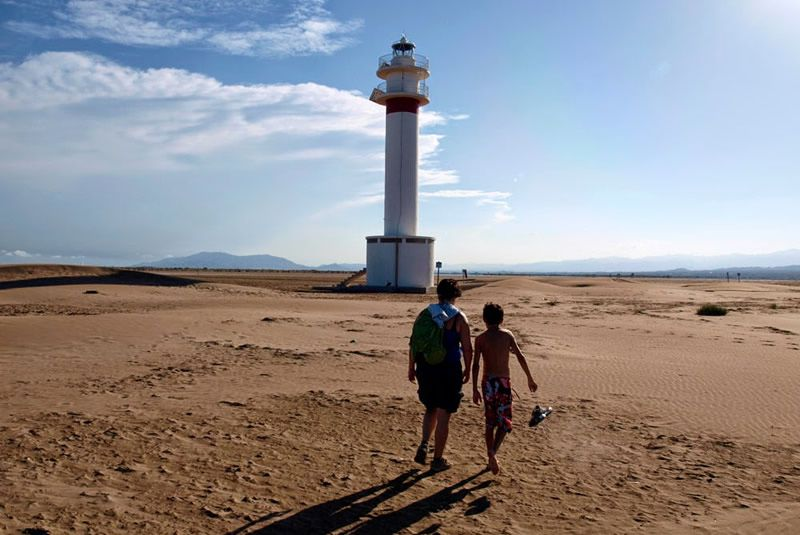 Punta del Fangar des de la platja de la Marquesa