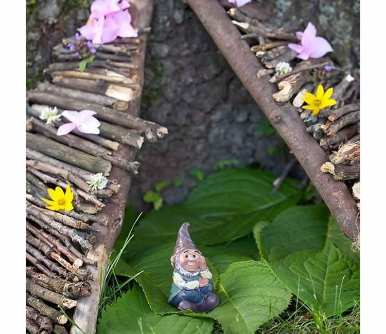 Manualitats amb branques recollides al bosc