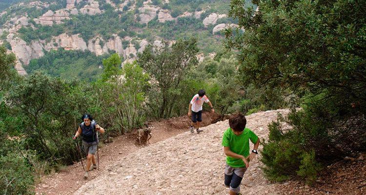 Ruta de les Agulles i Frares Encantats a Montserrat01