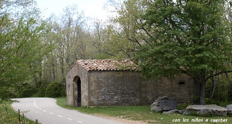 Santuari del Far des de Sant Martí de Sacalm