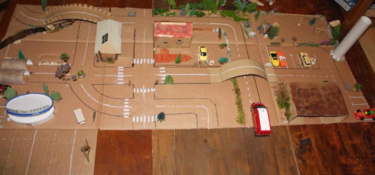 Pistes i circuits per a cotxes amb materials diferents10