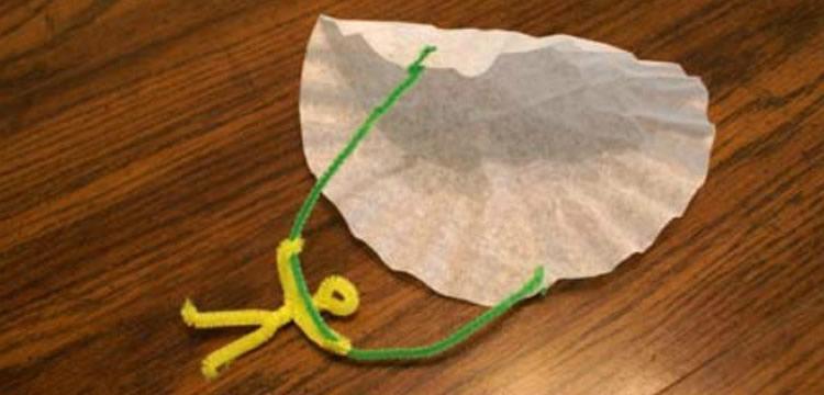 Com fer un paracaigudes amb materials diferents