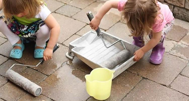 11 jocs d'aigua i gel per jugar a l'exterior