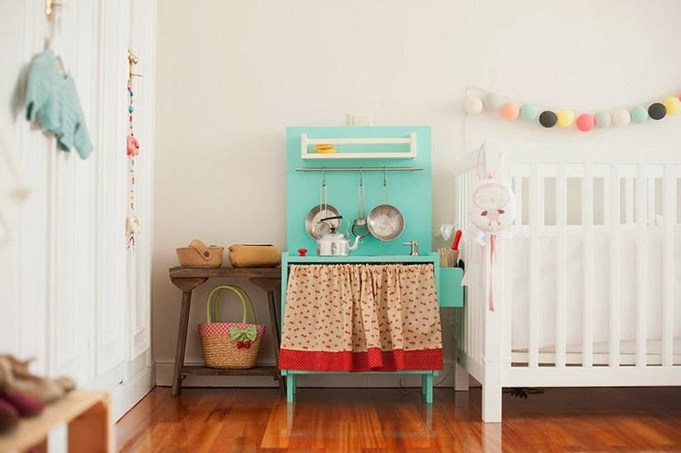 On posar la cuina de joguina a casa