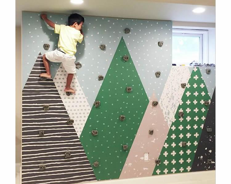 Muntanyes a l'habitació dels nens