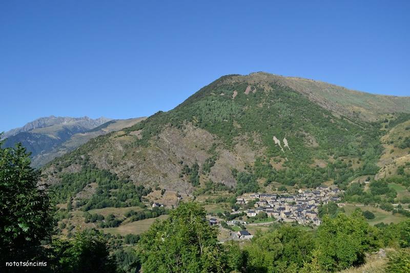 vista de Durro des de l'ermita de sant quirc