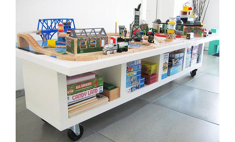 hacks d'Ikea per a la zona de joc
