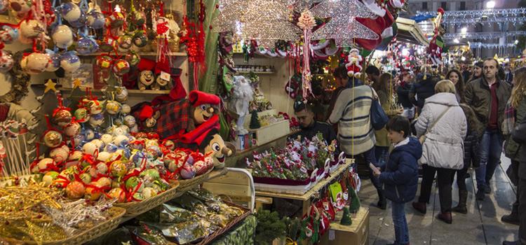 Parcs de Nadal, Fires de Nadal i pessebres