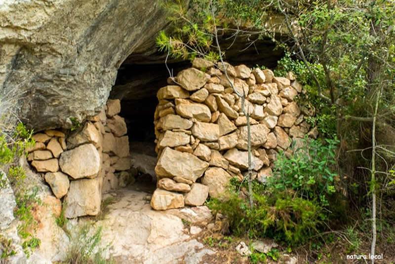 Ruta de la cova del Rector a Pradell de la Teixeta
