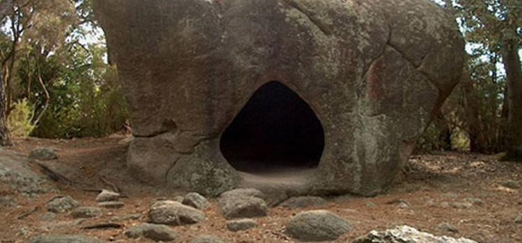 roca foradada de Can Gol, ruta prehistòrica