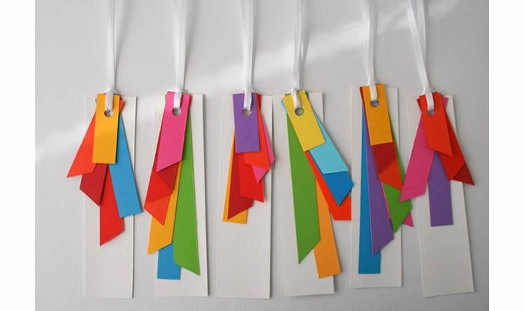 punts de llibre de colors