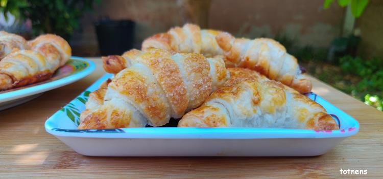 croissants de pasta de full
