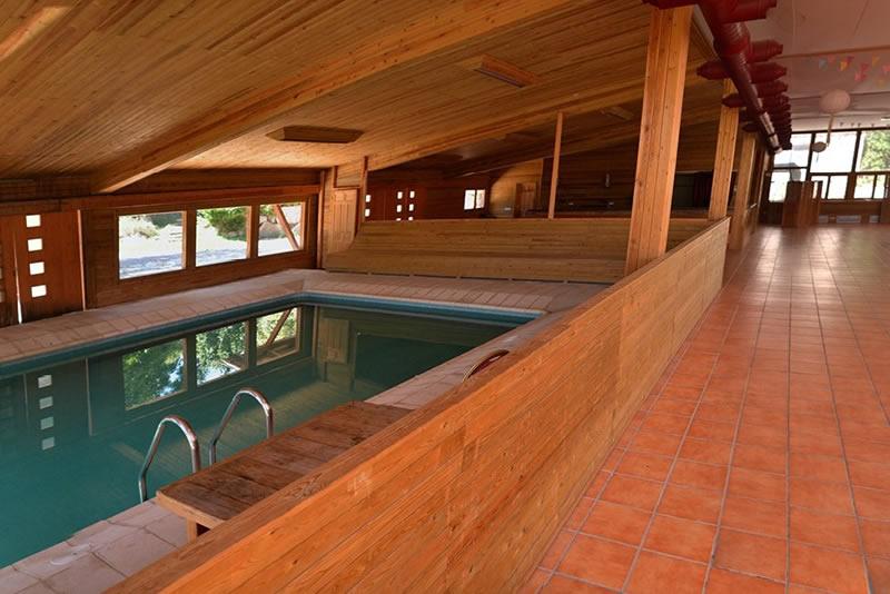 piscina Casa de colonies El Jou Nature