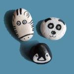 pedres pintades en blanc i negre