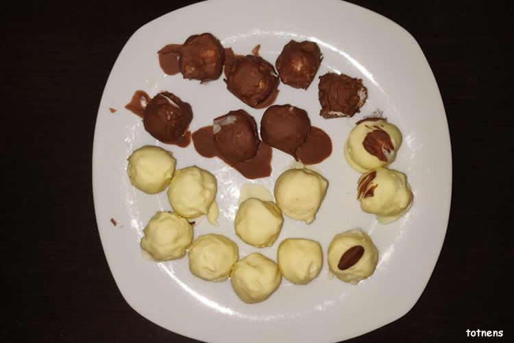 boletes de coco amb xocolata