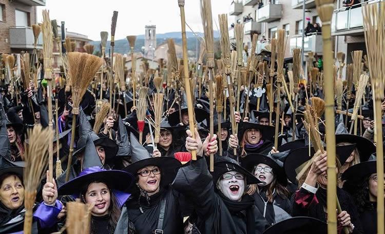 cau de les bruixes de Centelles 2020
