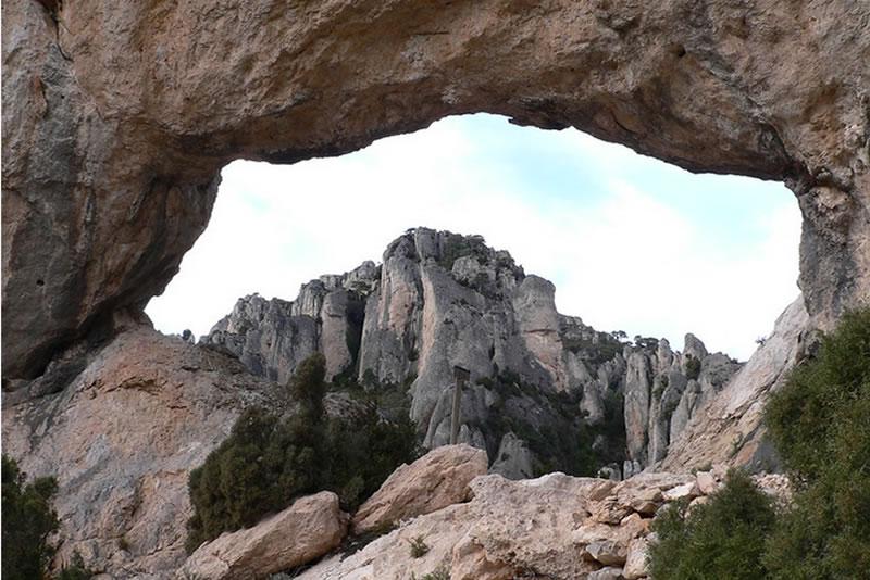 Racó de la cova d'en Marc i Forat de la Vella als Ports