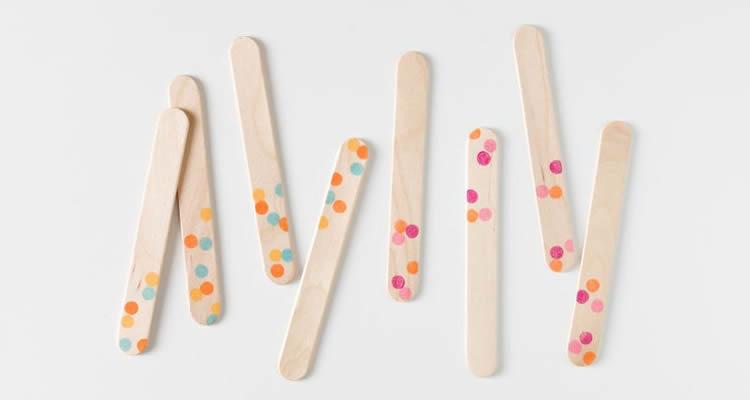 punts de llibre amb pals de gelat punts