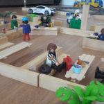Maqueta del confinament del Kai la cafeteria