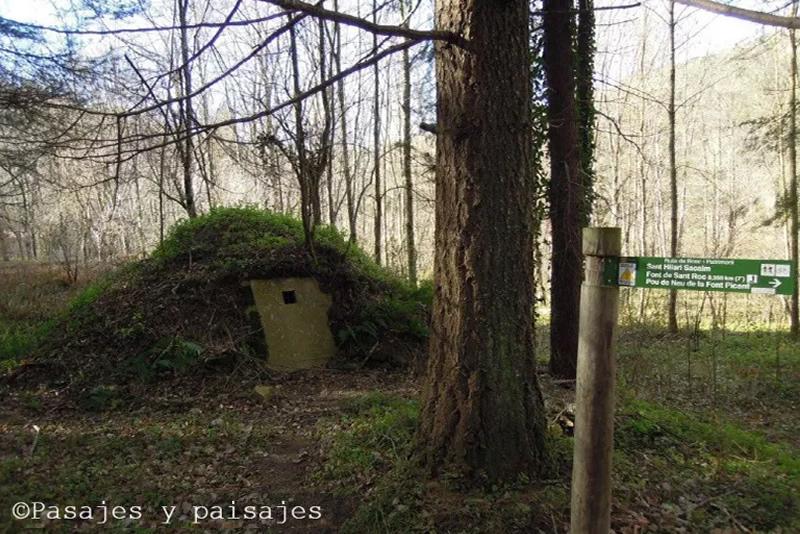 Ruta pels boscos d'en Serrallonga pou de glaç font picant