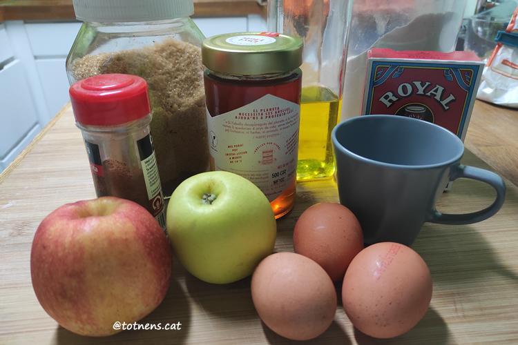 recepta pastís de poma sense lactosa ingredients