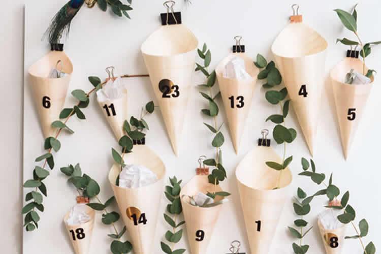 Calendari de Nadal amb paperines de paper