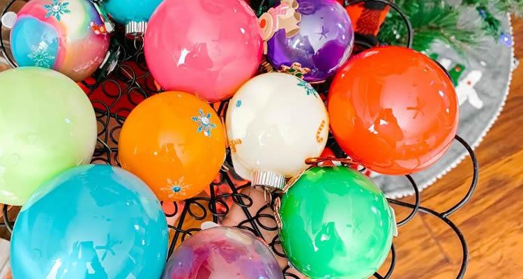 boles de nadal pintades
