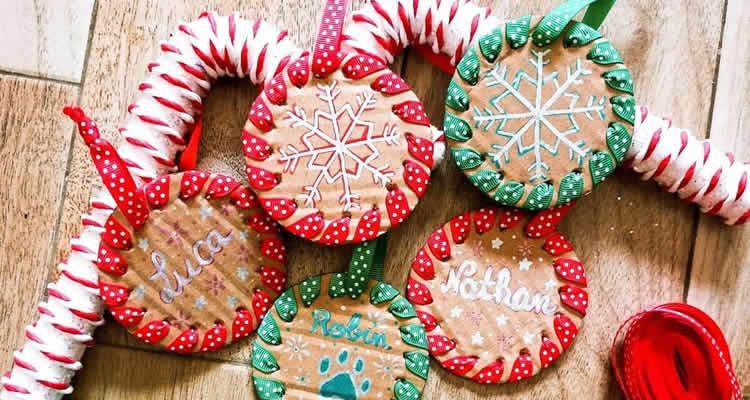 Boles de Nadal per decorar amb cintes