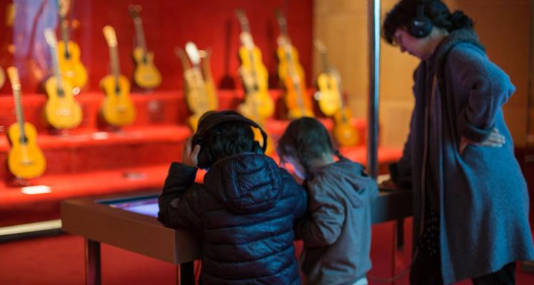 museu de la musica de barcelona interactiu