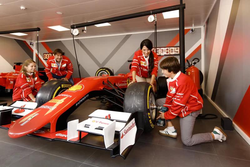Ferrari Land (entrada directa)