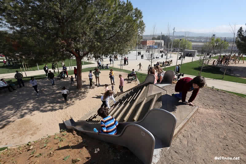 tobogans gegants Parc Sot d'En Barriques