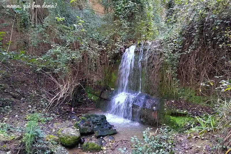 Ruta de les fonts a Sabadell salt torrent Ribatallada